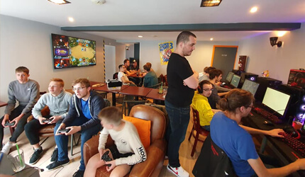 Le bar eSport de Cherbourg